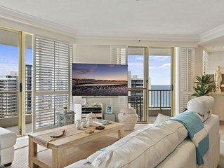 Luxury Main Beach Apartment