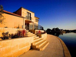 The Dolphin House - Busselton