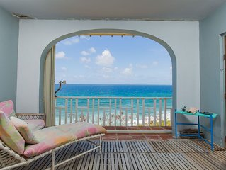 Unobstructed Oceanfront View - Pool Access - Secure Gated Complex - Central