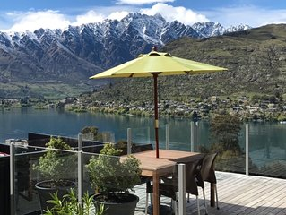 Bosca House - Stunning lake and mountain views