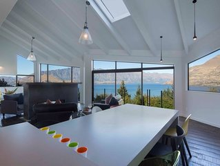 Breathtaking Queenstown Views, Luxury Holiday Home