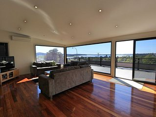 61 Lawry Heights - Georges Bay Luxury