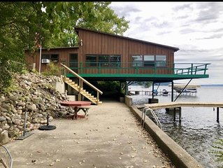 Cayuga Lake: Lakefront Cottage with Dock, Boat Lifts & Ample Parking