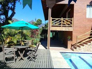 Casa em belo condominio no  centro de Itaipava com linda vista.