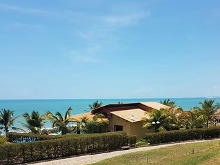 Large beach house with private pool, private parking and barbeque - Seafront.