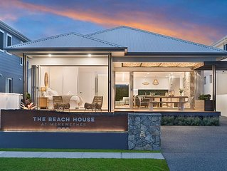 Family-friendly Beach House opposite beautiful Merewether Beach