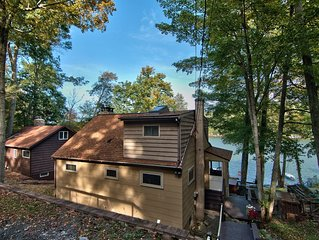 Lakefront Adirondack Cottage - 3 bed + loft -Private Dock -  HOT TUB