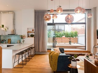 Anzac North Loft Apartment (4 Bedrooms)