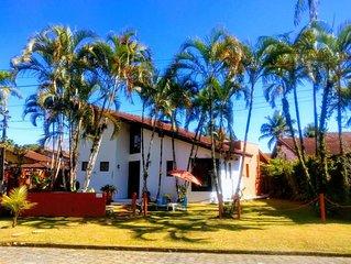 Casa espacosa em Boraceia, Condominio Fechado