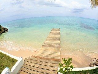 BEACHFRONT VILLA, FULLY STAFFED IN JAMAICA,Culloden Cove,South Coast 3BR