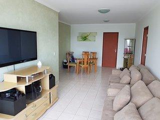 Apartamento com vista total da praia, 2 quartos, acomodação para 10 pessoas