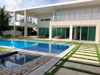 Praia dos Carneiros - linda casa com 6 quartos (5 suites) em condominio