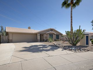 Beautiful pet friendly home w/ pool and bikes just minutes from Downtown Gilbert