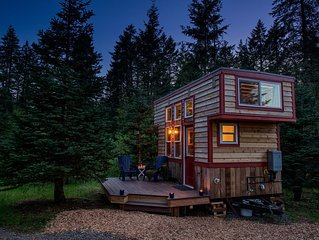 Hip & Funky Tiny House in the Woods Near SW Portland