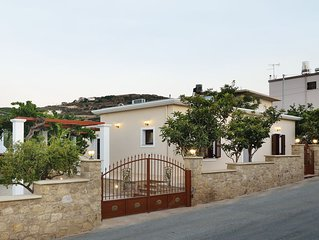 Anna 's  House - Garden Cottage in Kissamos