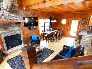 Luxury Cabin - Dollywood w POOL - 4 bedrms, sleeps 14