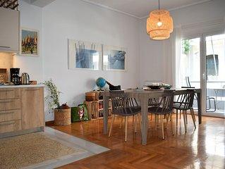 Athens Downtown Boho Apartment 1 min from metro