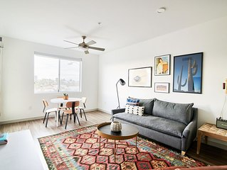 Sonder | Central Corridor | Sun-Filled 1BR + Pool