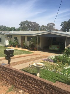 Kalgoorlie  House - Spacious and Comfortable