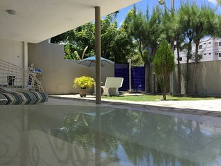 Casa com 4 quartos proximo ao mar na praia do Bessa - 2 suites