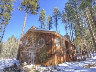 Large Woodsy Home Near Heavenly and Sledding, BBQ, Deck, Fireplace (HCH0863)