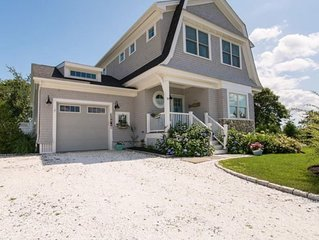 Stunning Coastal Home - Minutes to downtown and beaches