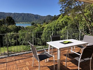 STUNNING VIEWS, THE GROVE, QUEEN CHARLOTTE DRIVE