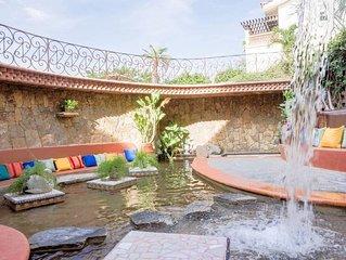 Quiet Villa + Pool + Private Outdoor Space