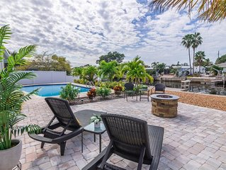 Latitude Adjustment: WATERFRONT + New Dock. Heated Pool. Firepit. Canal