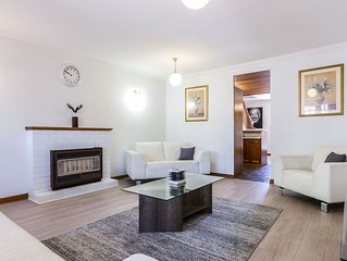 Spacious 2BR Townhouse - located in picturesque North Adelaide - close to city
