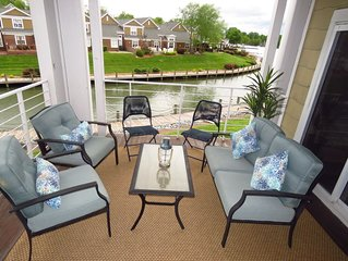 Lake Norman Retreat at Harborside | Luxury Condo| Lakefront | Dates available!