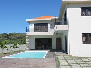 New Villa in private and quiet setting on Calodyne - Lacaz Calodyne