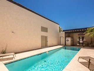 POOL HOME 2BD/2.5BA  unique design (1171)  steps from the Colorado River!