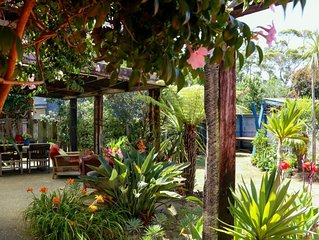Beverley Tce bach, tropical, funky and spacious.