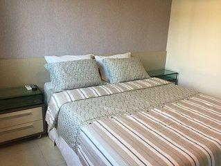 Flat 2 quartos 2 banheiros, para 8 pessoas, no Carneiros Beach Resort.