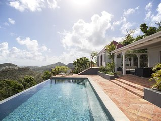 Show-Stopping Ocean Views and Scenery, Swimming Pool, Terrace and Sunbeds, Free