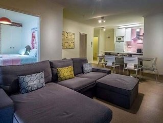 East Perth  Superb2 BR  Riverside miutes from CBD 1