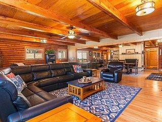 Steelhead Lodge: Hot Tub, 3 blocks from Kings Beach, Backyard w/ Games, BBQ, Sma