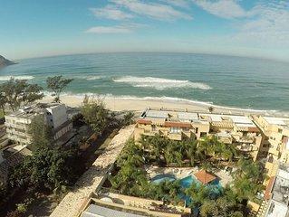 Apartamento em frente a praia, 2 suites com vista para o mar