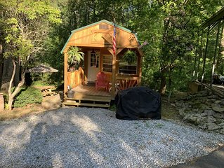 Our Little Niche With Privacy And Serenity in Hendersonville NC