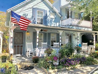 Charming, Pristine Victorian Home 3 blocks to beach, 4 beach badges included
