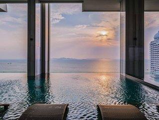 Luxury Design with Sky pool Close to Beach