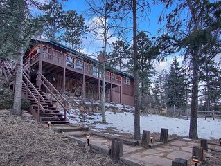 Pike's Peak Chalet in Green Mountain Falls, CO