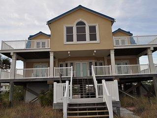 Beachfront!!! 5 Bedrooms on Beautiful St. George Island, Florida
