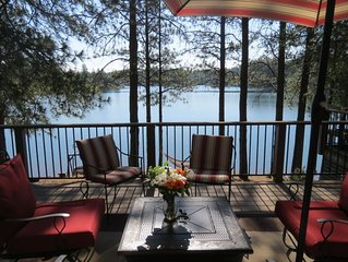 Lovely 4 Bedroom Lakefront, Steps from Scenic Gold Country Lake, Open All Year!