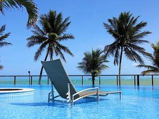 Pe-na-areia em resort com piscinas, na area nobre do alto verao de Joao Pessoa
