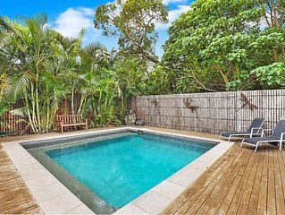 Central Mooloolaba House with Pool. Sleeps 13 - Pet Friendly