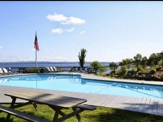 Samoset at Lake Winnipesauke 2 BR Condo with loft