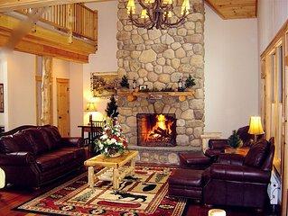 Adirondack Retreat close to Village and Lake