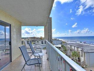 New Listing! HUGE Balcony w/amazing ocean view * Summit! 2 pools, free WiFi!